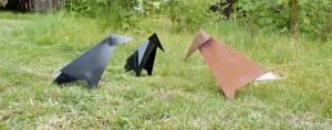 Happy Birds Metalfugle på plænen